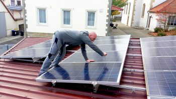 Photovoltaikinstallation_energy-concept